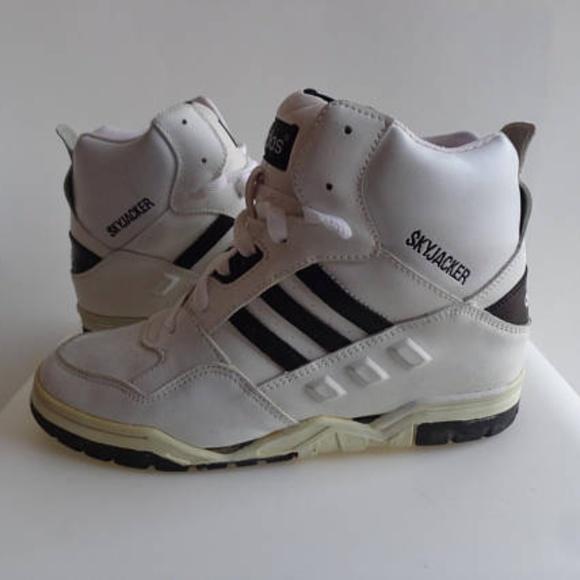 Adidas Yeezy Boost 700 Wave Wave 700 Runner 9111cb crestas 8dff37